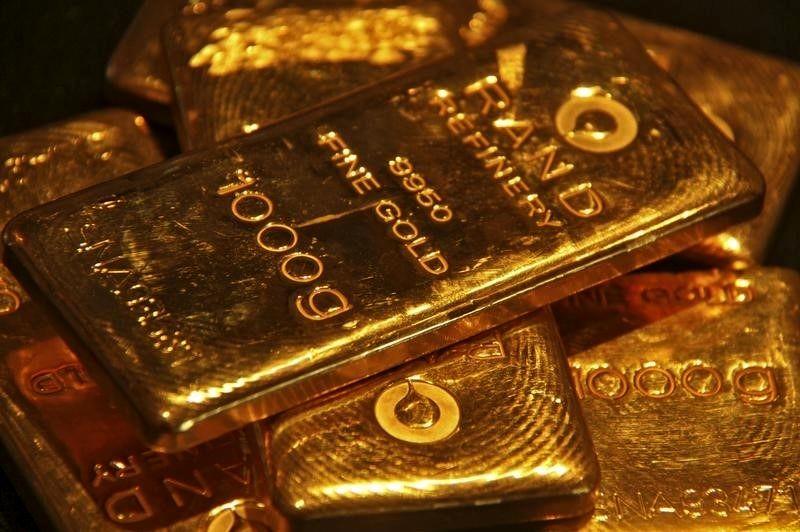 زمان خرید در بازار طلا/رونمایی از تندیس سازنده مرموز بیت کوین