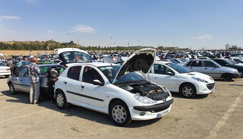 آینده نامعلوم بازار خودرو؛ تکلیف شورای رقابت مشخص نیست